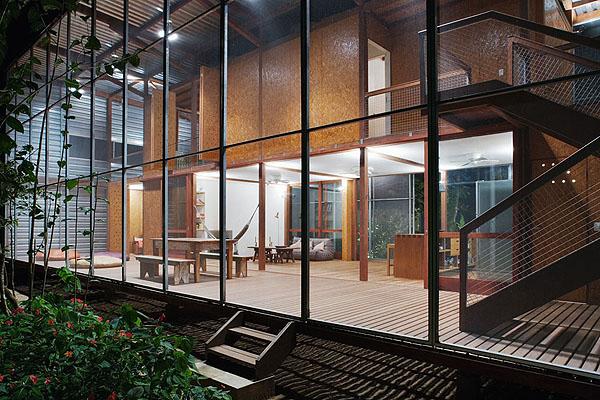 Andrade Morettin House