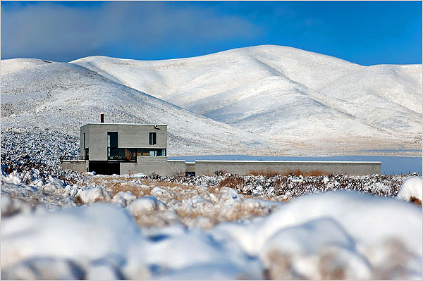 idaho_desert_house1