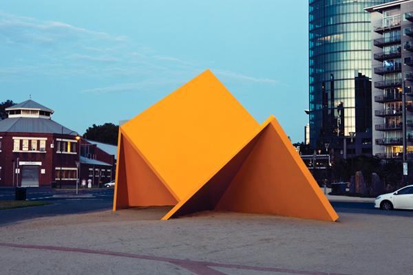 melbourne-australia-vault-public-art