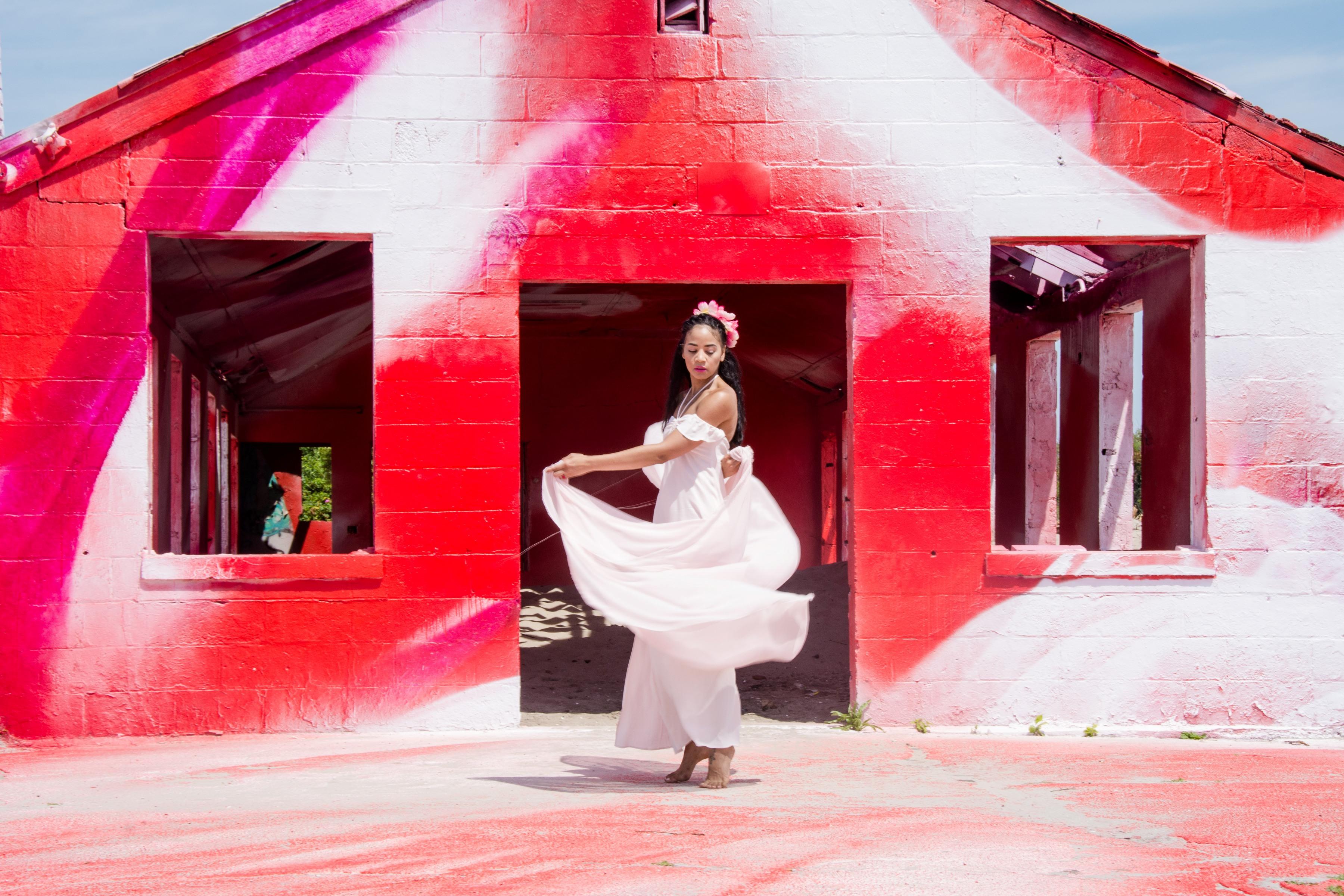 moma-ps1_rockaway_katharina-grosse_-the-stylish-flaneuse_-public-art_-fort-tilden_1